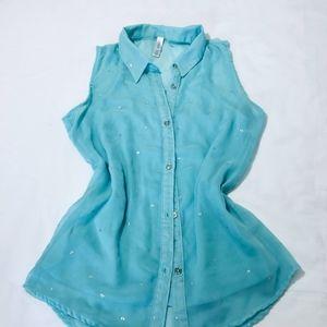 Xhilaration blouse girl, stylish, amazing.Like new